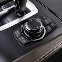 BMW M GmbH - BMW_750Li Innenaufnahme Control Pad