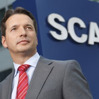 SCA - Manager Portrait 02