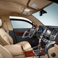 Alpha Armouring - Toyota Innenraum Cockpit
